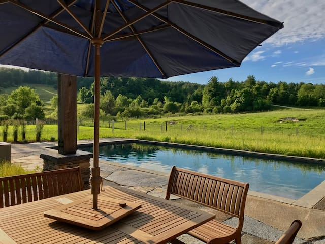 Clayton Farm: Sparkling and Bucolic w/ Heated Pool