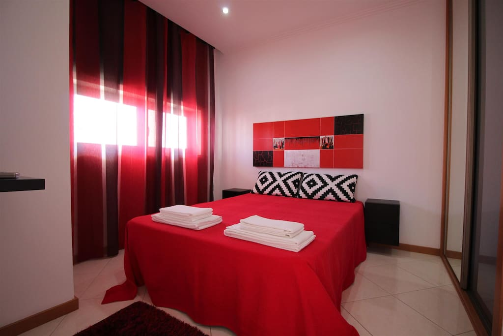 Chambre no1   avec placard