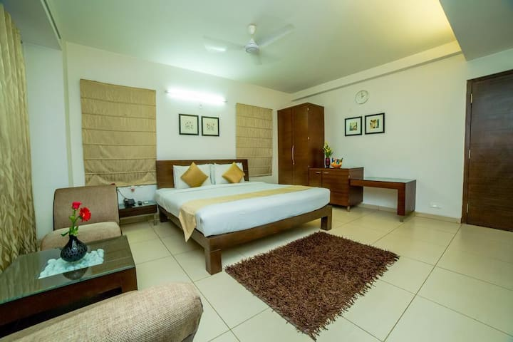 Executive Stays in the Heart of Hyderabad