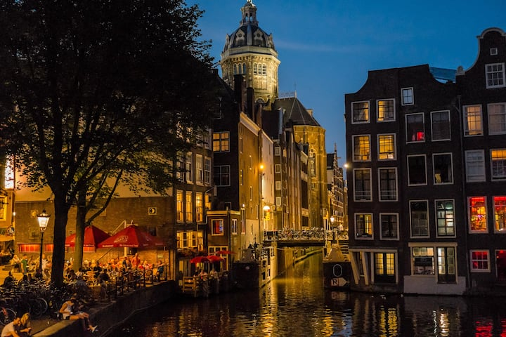Amsterdam Night photo tour moment