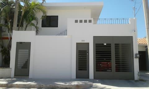 Olas Altas, Playa y Centro Histórico C