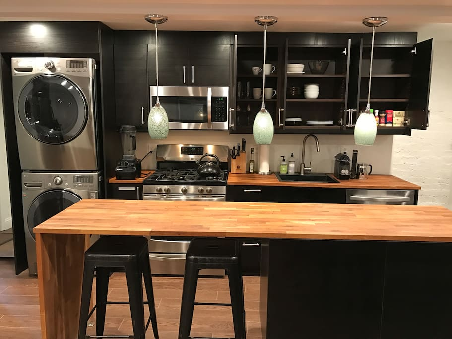 Fully Stocked Kitchen w/ Vitamix, Nespresso, Juicer etc. + Brand new Washer/ Dryer Stack.