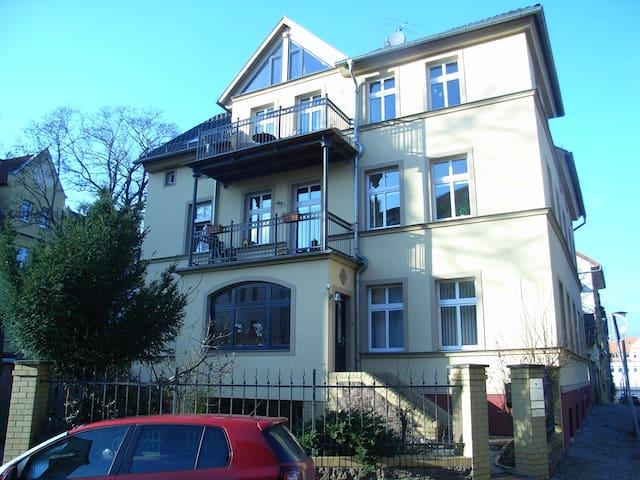 2 Raum Gästewohnung im histor. Giebichenstein