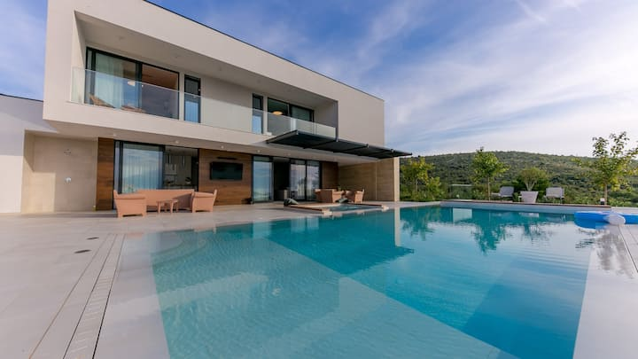 Villa Korina, Croatia Luxury Rent