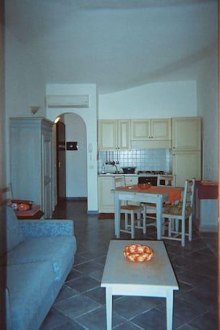 PALAU, SARDEGNA. delizioso appartamento 3 posti - Palau