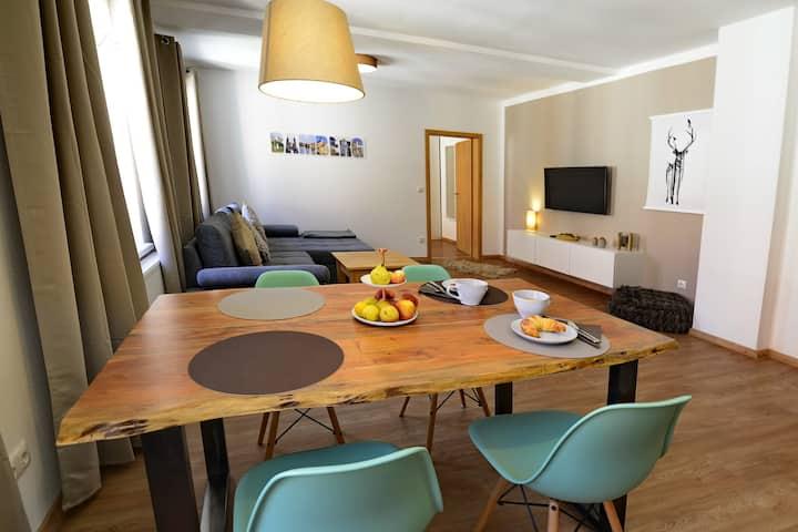 Pretti Apartments - NEU renoviert, zentral, ruhig