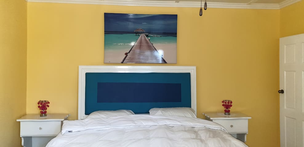 Master Bedroom - Has lots of space for a playpen / blow up bed