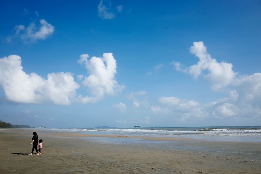 Long stretch of beach