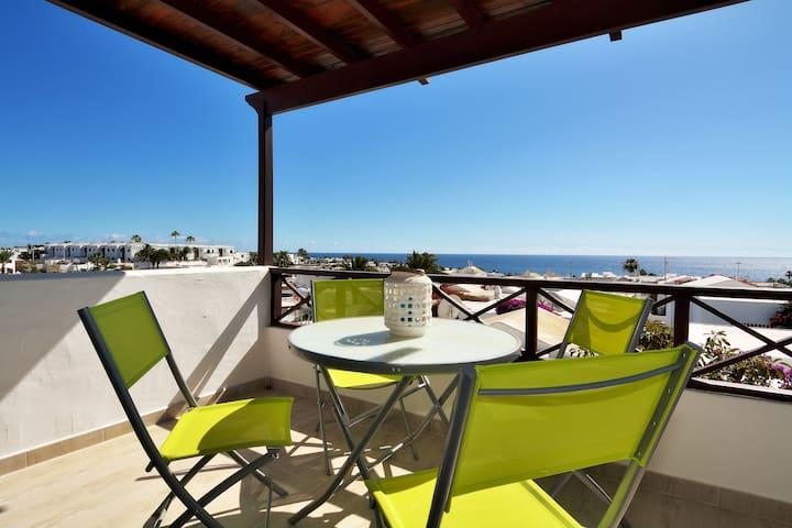 Lanzasea Puerto del Carmen seaview wifi & terrace