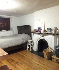 Simple, Clean Studio - All you need - New York