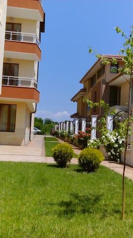 2 Zimmer-Wohnung 300 m vom Meer - Burgas - Wohnung