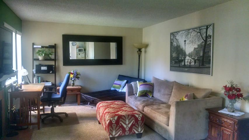 Cozy 2-bedroom Apartment in Livermore - Livermore - Byt
