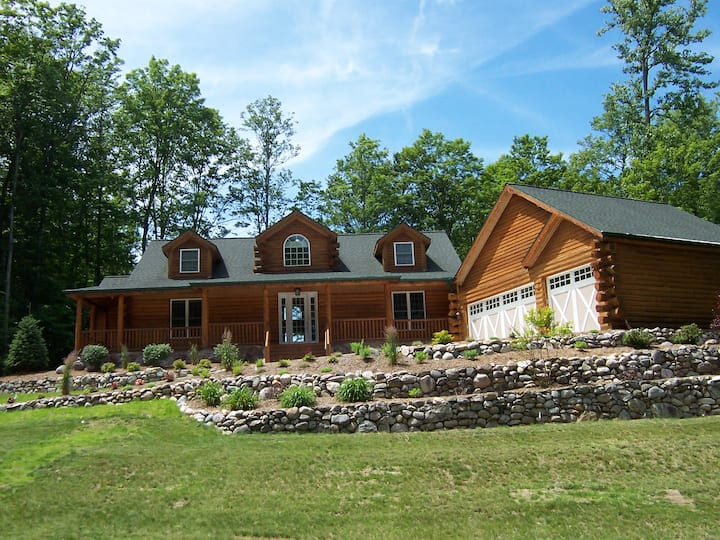 Carriage House Log Home at Cedar River Village