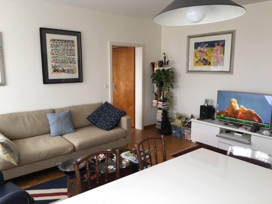Living room 2/3