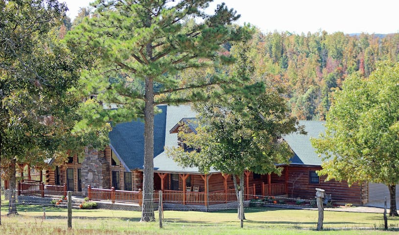 Saddleback Lodge - Ponca - House