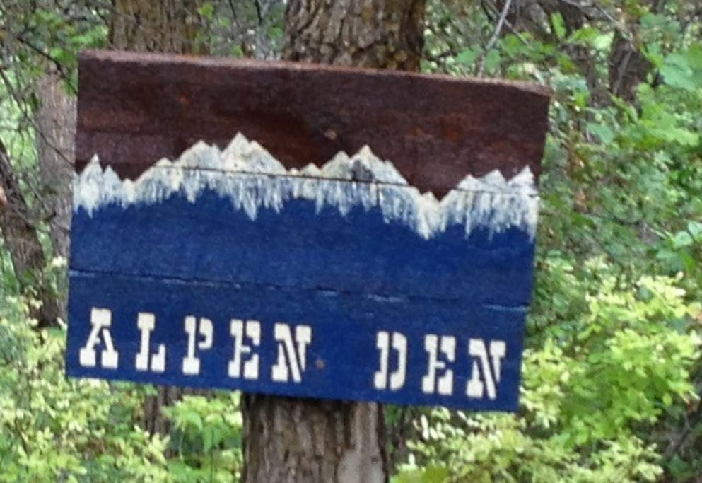 Look for the Alpen Den sign