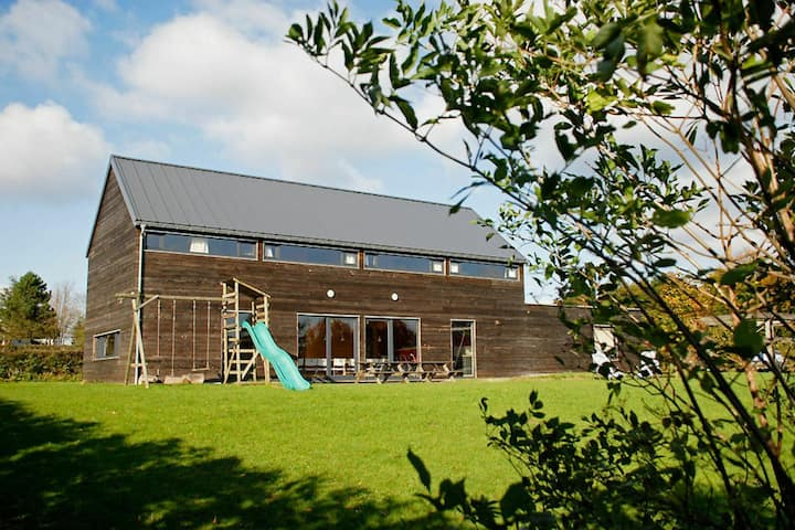 Lovely Holiday Home in Waimes with Sauna