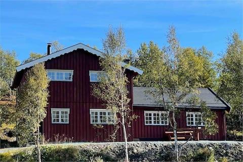 Hersjøstuggu - En pærle ved Hessjøen