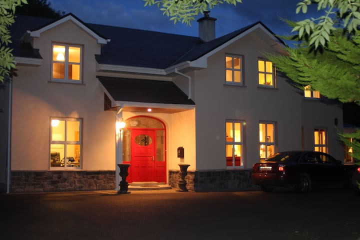 Woodland Lodge, Moycullen - Double Room - Galway
