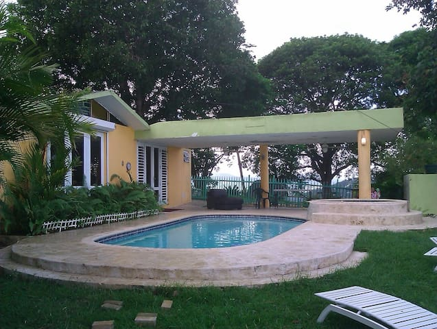 MI HACIENDA ROOM 4, POOL & VIEW LAKE COUNTRY HOUSE - Trujillo Alto - Huis