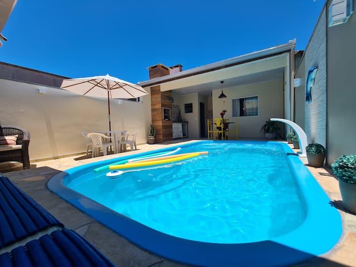 Casa com piscina no Litoral Pr -  Santa Terezinha