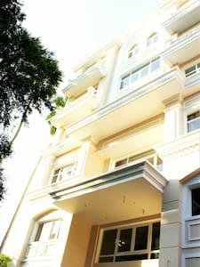 CITYHOUSE - Truong Dinh Villa - serviced apartment - ホーチミン市