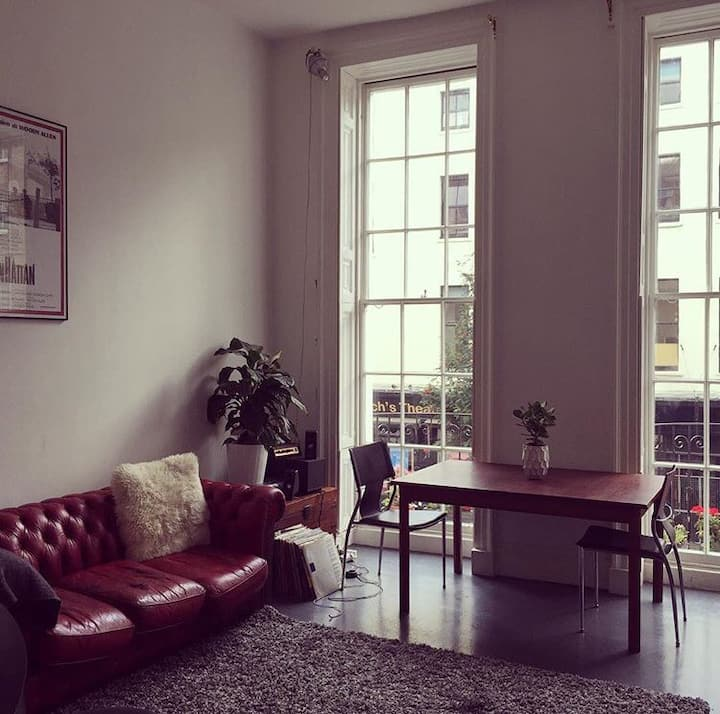 1 bed airy loft central london