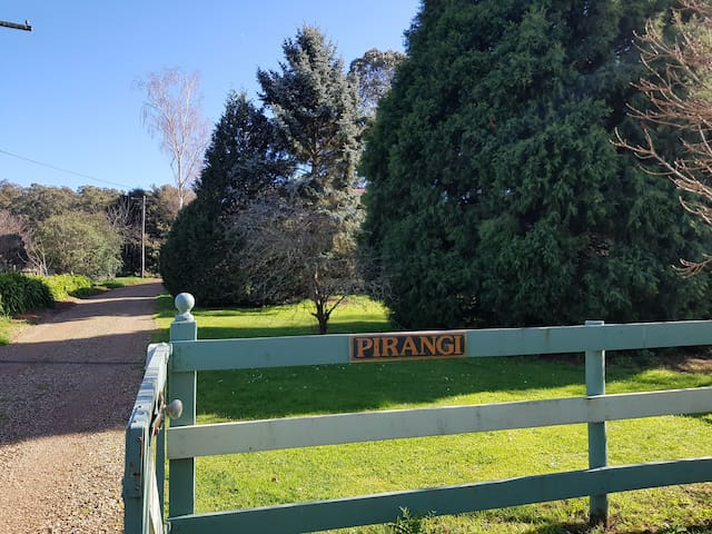 Pirangi Cottage - Wandin North - Huis