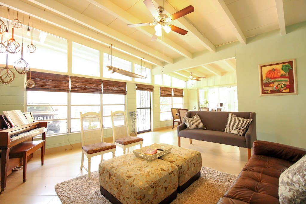Mid Century Home Near Siesta St Armands Downtown L Houses For Rent In Sarasota Florida