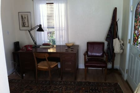 Middletown Guest House - Middletown - House