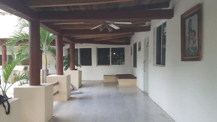 Villa el Edén en ixtapa para 6 personas