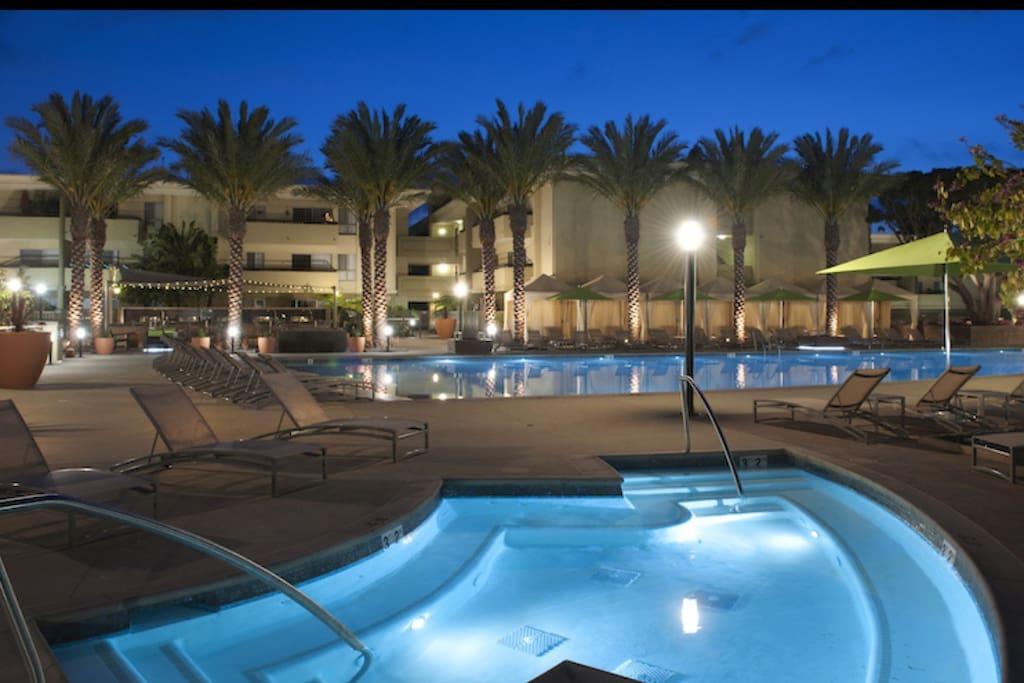 Pool and spa amenities available for use