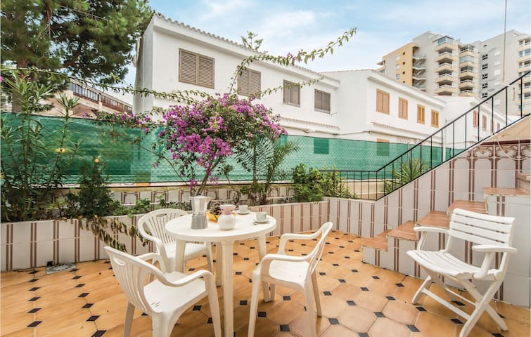 Terraced house with 3 bedrooms on 110m² in Oropesa del Mar