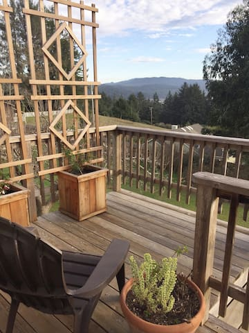 Azalea Views Retreat