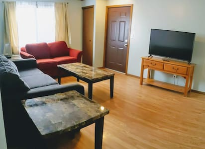 Comfortable Condo for Family & Business Travelers