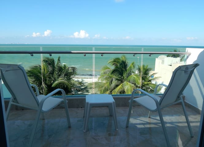 Amazing Beachfront Apartment with the Best Seaview - Progreso - Apartemen