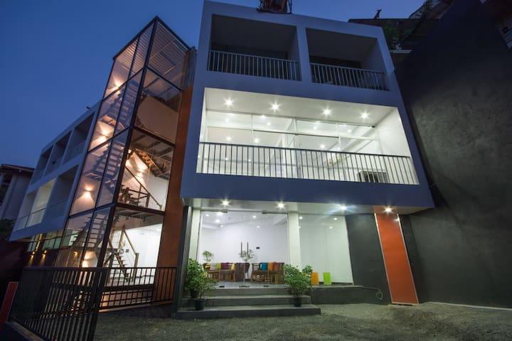 Avora Hotel - Delux Room-2