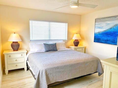 Updated 2BR Beach Getaway Sleeps 6 Cape Canaveral