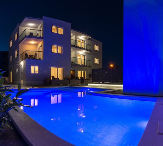1A Apartment Petra Room