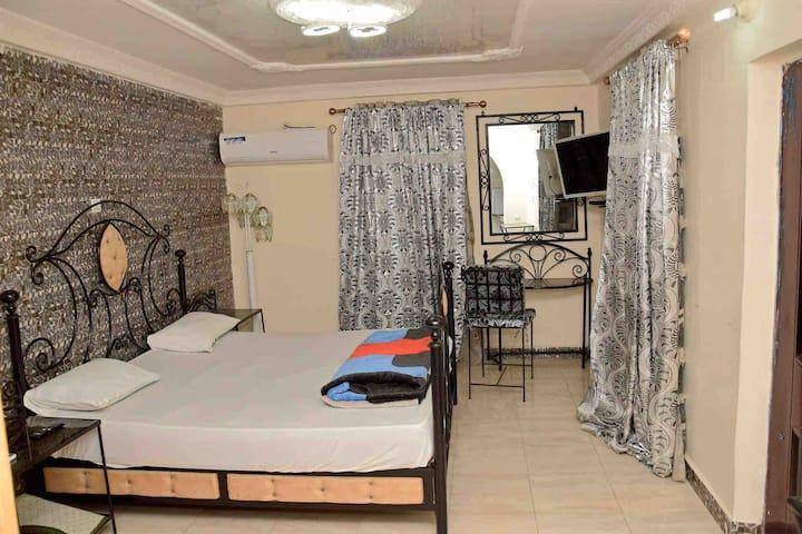 Chambre d'hôte à louer endroit calme et sécurisé