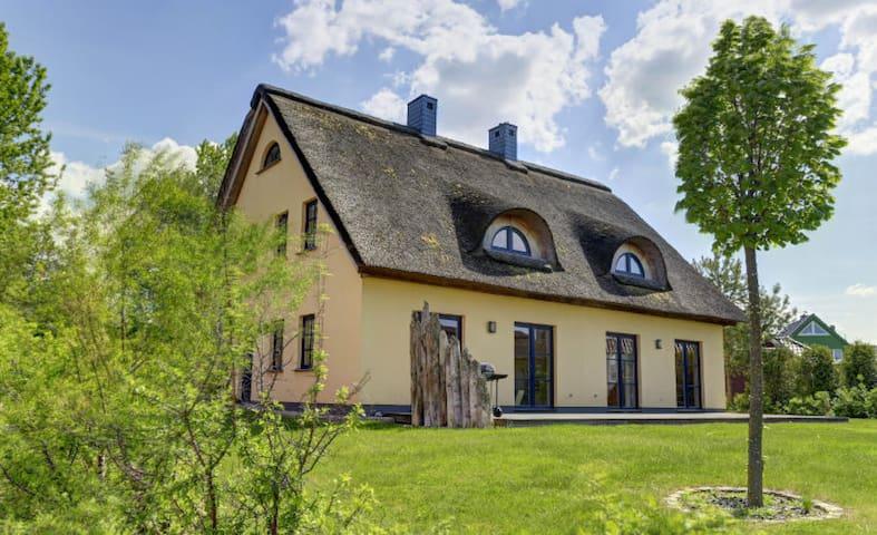 Ferienhaus Nordwind - Rechte Doppelhaushälfte (gratis WLAN)