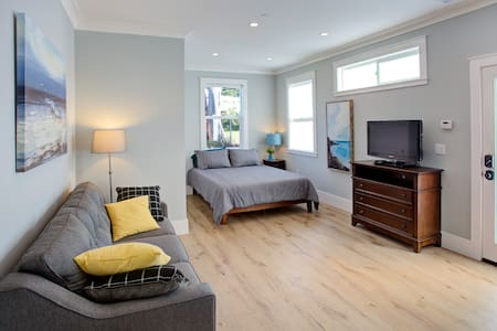 New Private Studio  Close to SFO,  SF and Beach!