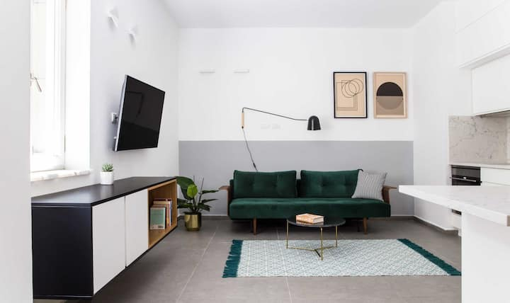 New High-end apartment -1BR- near Rothschild blvd.