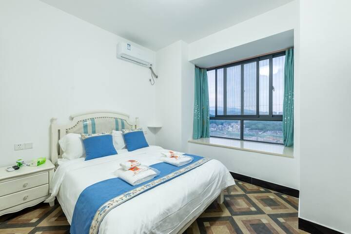 【时空】新装二室一厅一厨一卫阳光房近南站万达