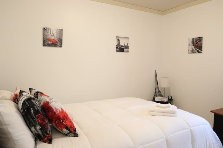 Take a trip down the streets of Paris on the Queen-size bed found in the private bedroom.  Watch your favorite TV show on your own Smart TV with free Netflix access.