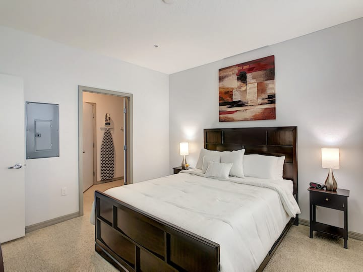 Luxury and Comfort, Close to Disney