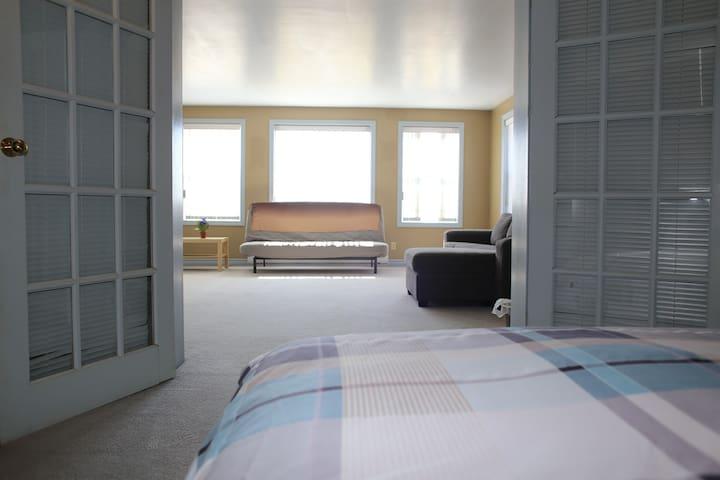 View form bedroom