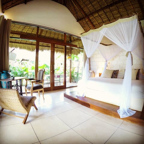 "Luxury Cottage Balangan Beach"" LUA"""
