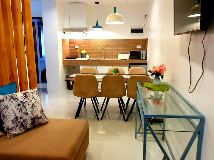 Brand new Center of Bacolod Homestay good for 10