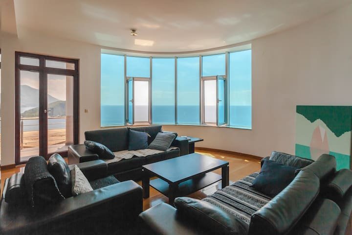 Living room - enjoy the sea view right from your sofa